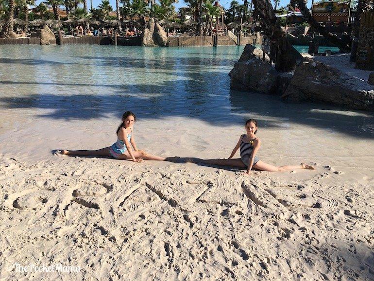 spiaggia shark bay aqualandia