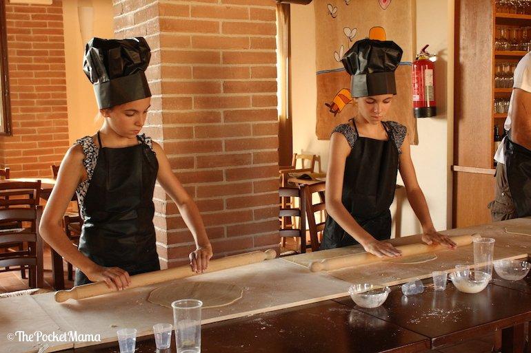 preparazione della piadina romagnola