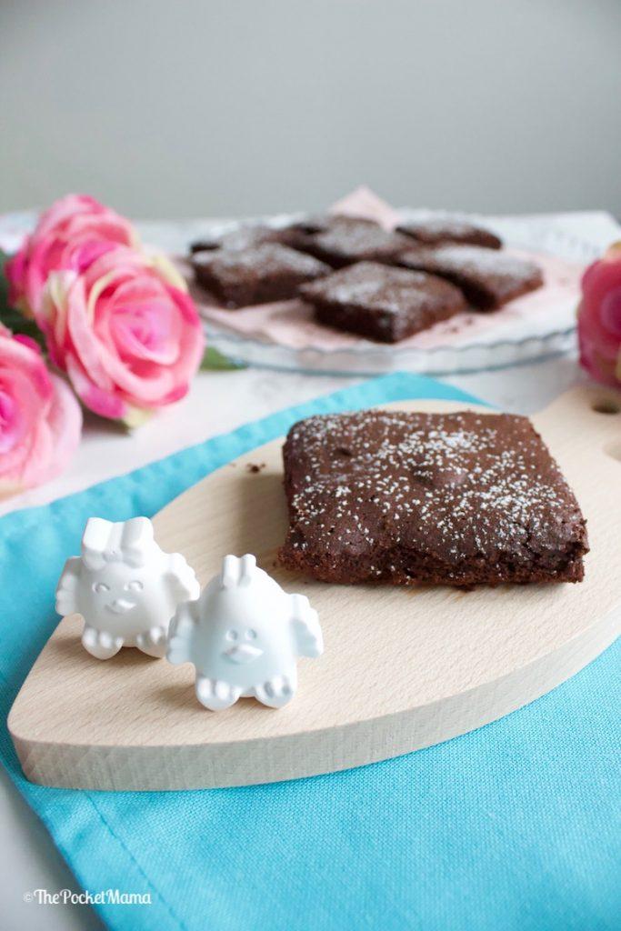 brownies al cioccolato con zucchero a velo