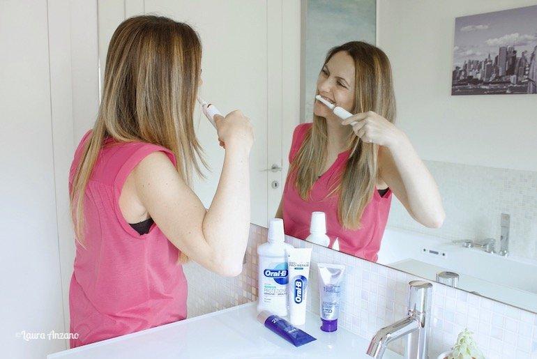 denti e gengive sani dopo i 40 anni con oral b