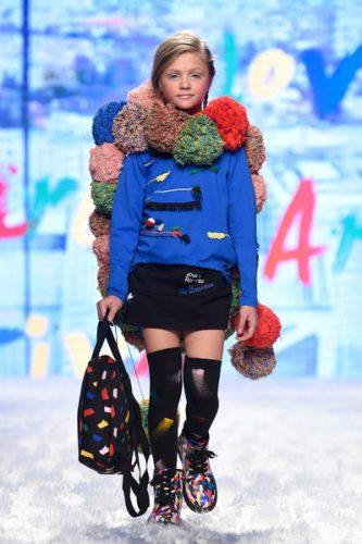 outfit bambina tuc tuc