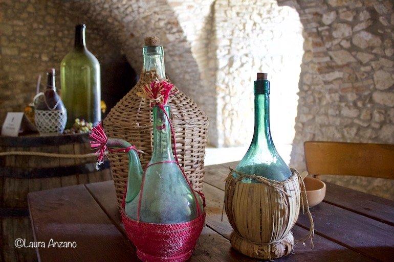 oggetti d'epoca conservati nel castello di deliceto